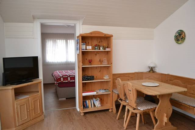 Elfe-Apartments - Panorama-Studio Ladasa, holiday rental in Gersau