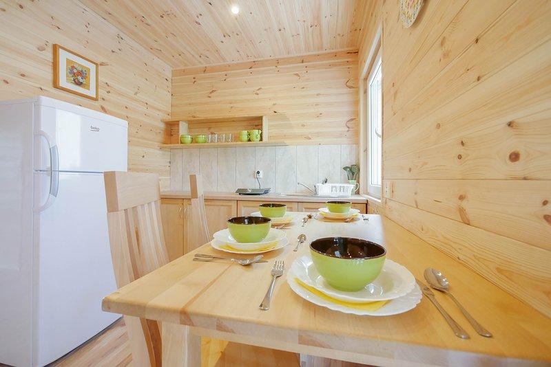 Domki Letniskowe Rodzinne Rusinowo, holiday rental in Dabki
