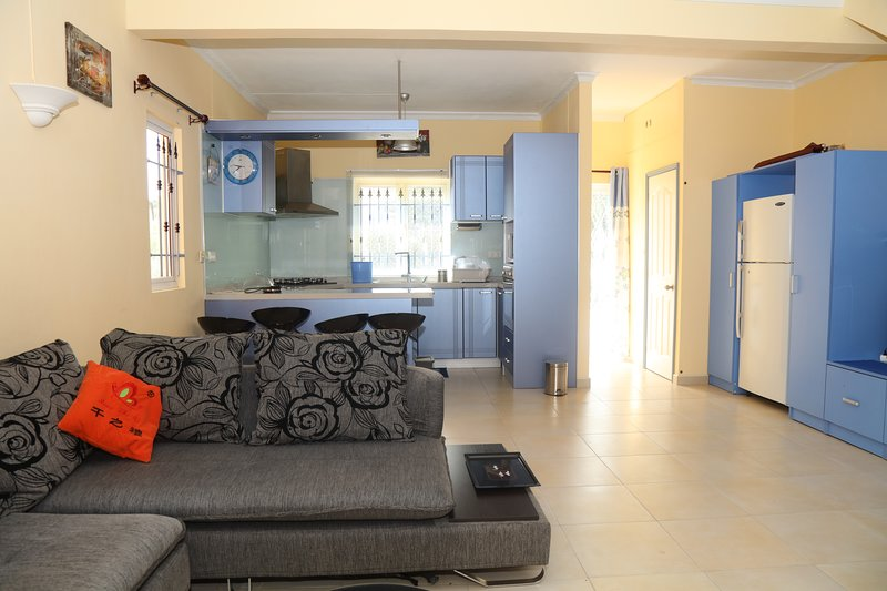 Nice house with shared pool & Wifi, holiday rental in Grand Gaube