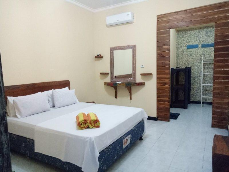 Barakuda Room Sunrise Lodge & Lounge Double Bed w/ Garden View, alquiler vacacional en Sambangan