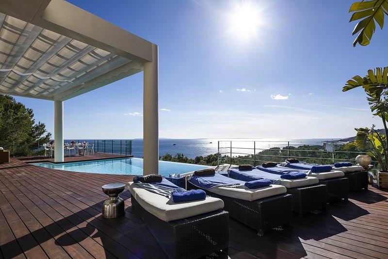 Villa Blue Wave, location de vacances à Roca Llisa