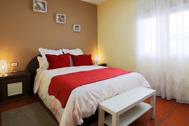 MARODY HOUSE VACACIONAL 2°C, vacation rental in Las Chafiras