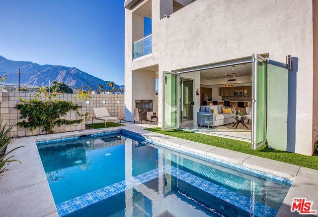 A Modern, Brand-New Architectural Jewel, holiday rental in Palm Springs