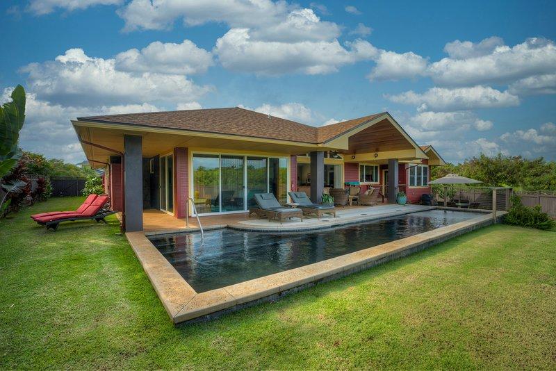 Beautiful Mountain View Pool Home in Poipu Beach, holiday rental in Poipu