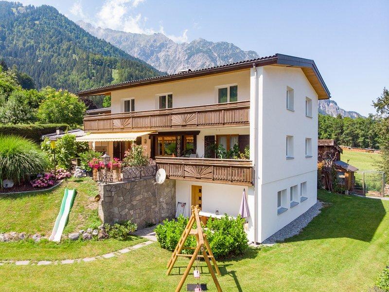 Sonnegg, holiday rental in Gruesch
