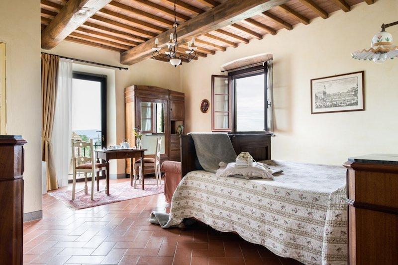 Terrasole Apartment, luxury stay at Fattoria Pogni, vacation rental in Marcialla