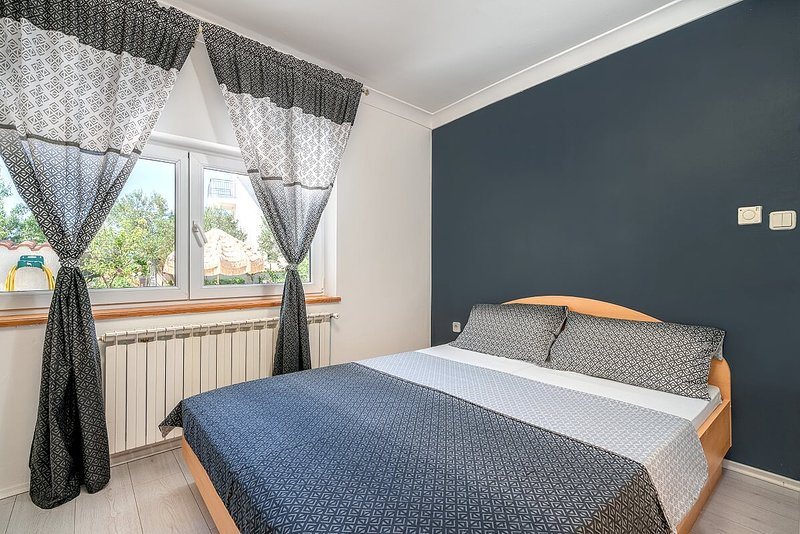 Appartements KATICA -4, holiday rental in Srima
