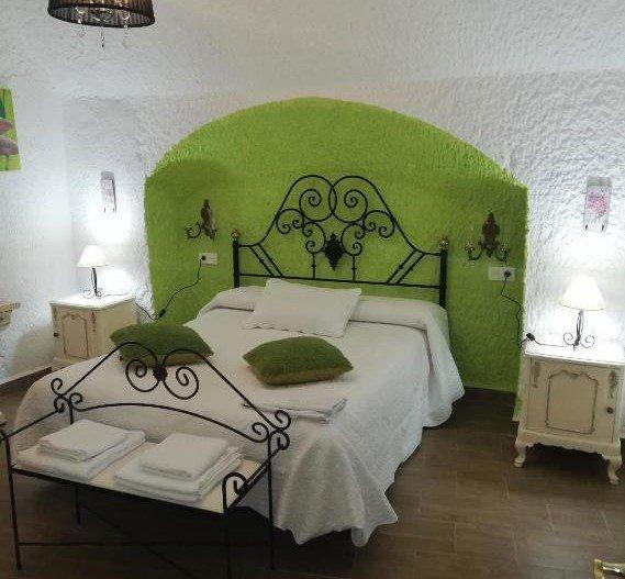 Fantástica Casa-Cueva, holiday rental in Cogollos de Guadix