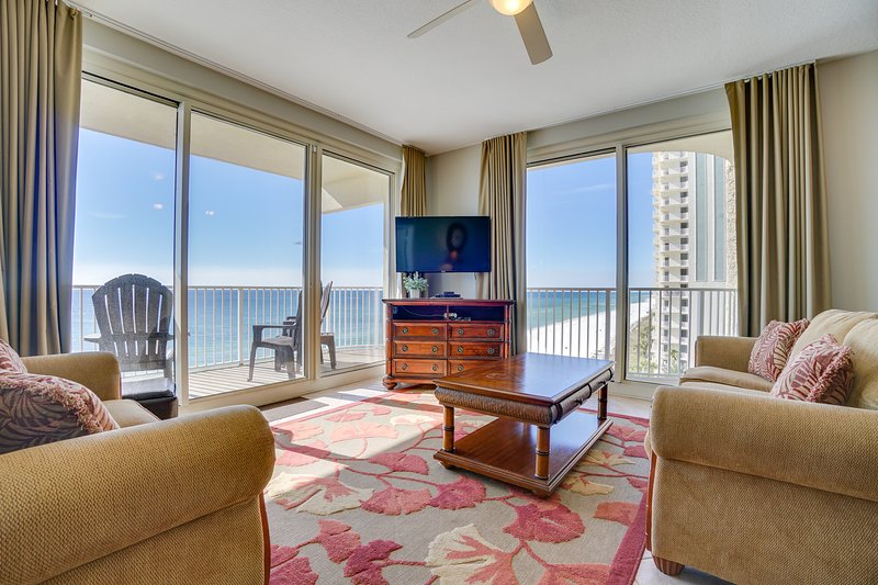 Living room, wrap around balcony, 2 patio doors and outstanding view of entire shoreline!