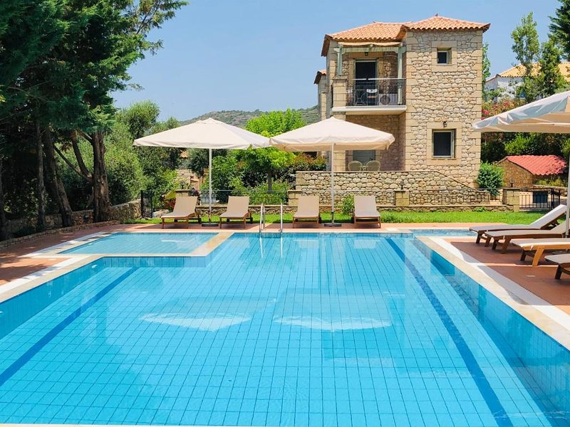 Villas Lithos Maisonette 5, vacation rental in Stoupa