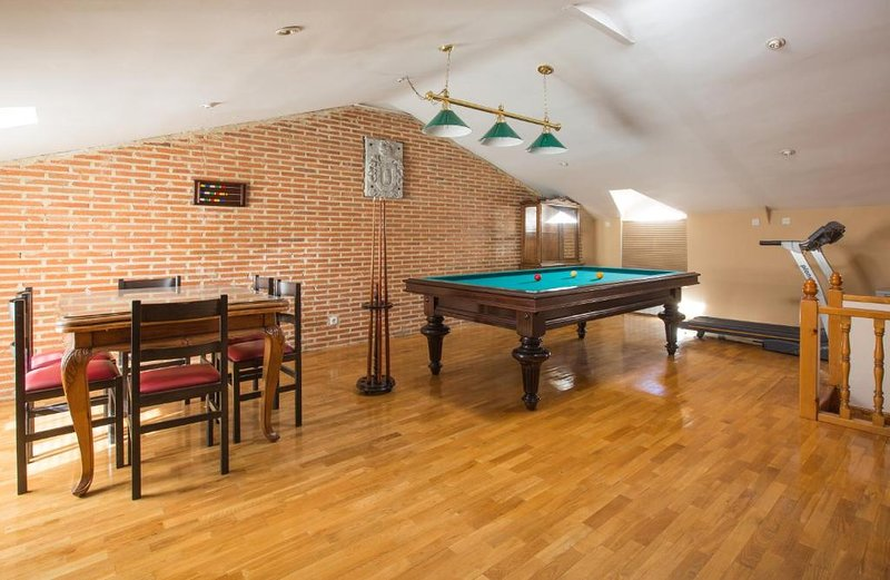 Vivienda turística 'Villa Carmen' - Nueva apertura - Ideal para grupos, aluguéis de temporada em El Fresno