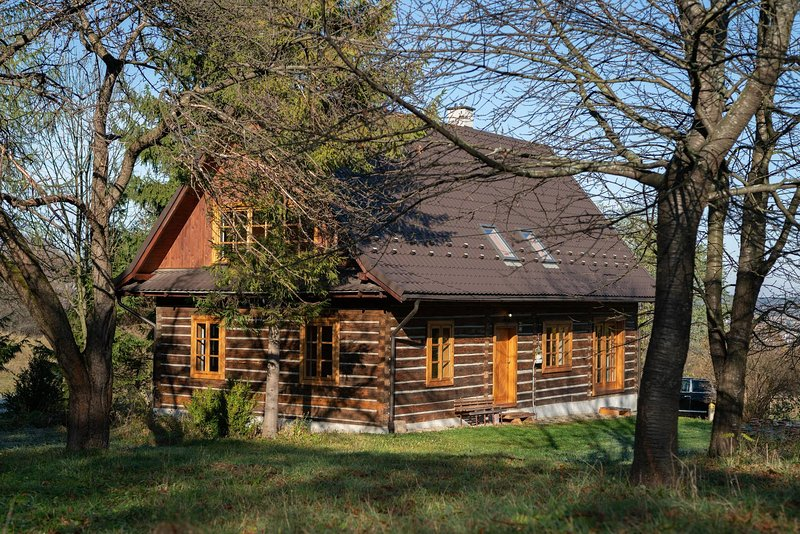 Palacowka - A beautiful Chalet to Stay, holiday rental in Haczow