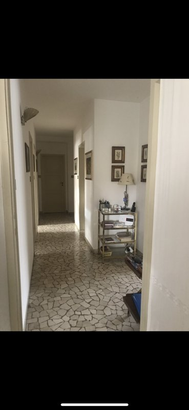 Bellissima villa con ampio giardino - zona centrale, ma tranquilla, holiday rental in Passano