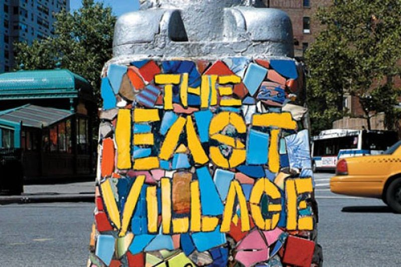 Mosaik-Streetart sowie großartige Graffiti-Kunstwerke sind in meiner Nachbarschaft zu finden.