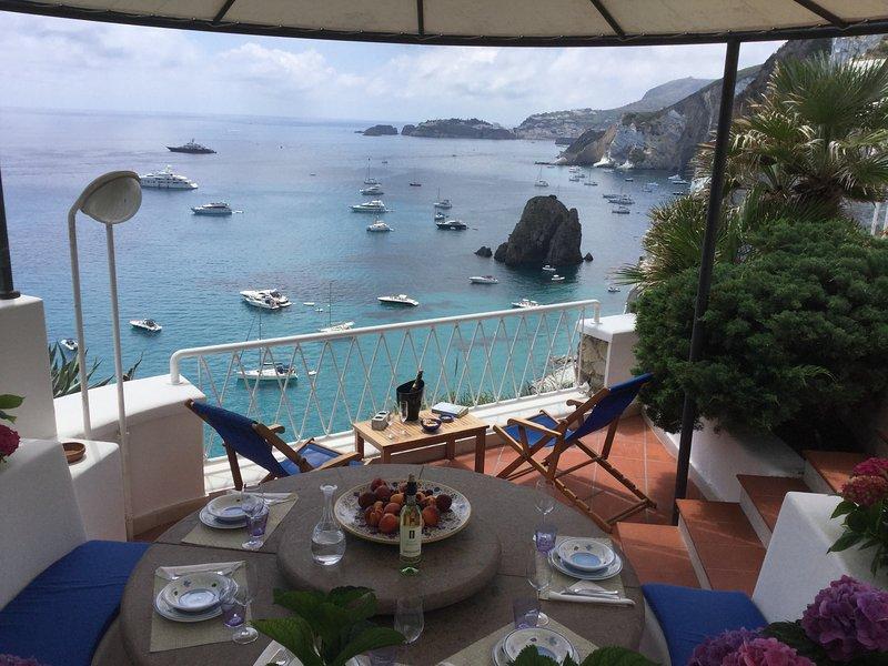 VILLA CALA INFERNO, location de vacances à Île de Ponza