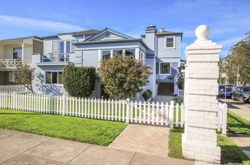 Spacious Sublime House w/ Ocean views and Parking, holiday rental in San Francisco