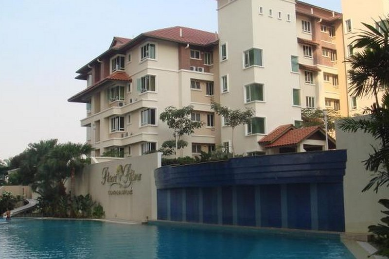 Condo Homestay with Golf View, holiday rental in Sri Kembangan
