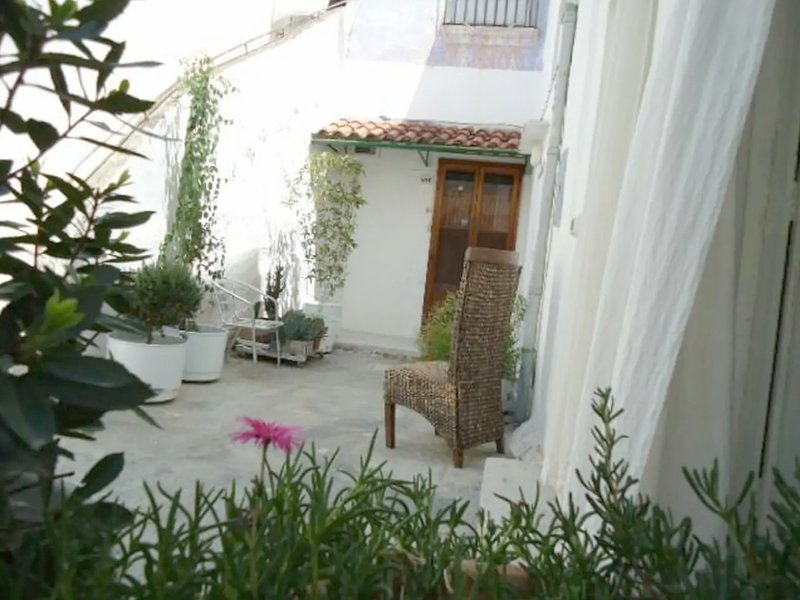 DIMORA DELLA POESIA loft in corte salentina, holiday rental in Matino