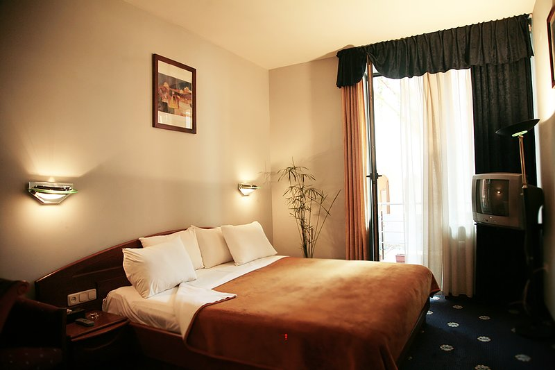 Standard Double Room, location de vacances à Parakar