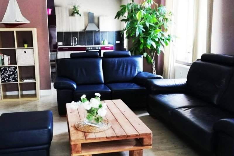 Beautiful apartment in Rémersdael, holiday rental in Thimister-Clermont