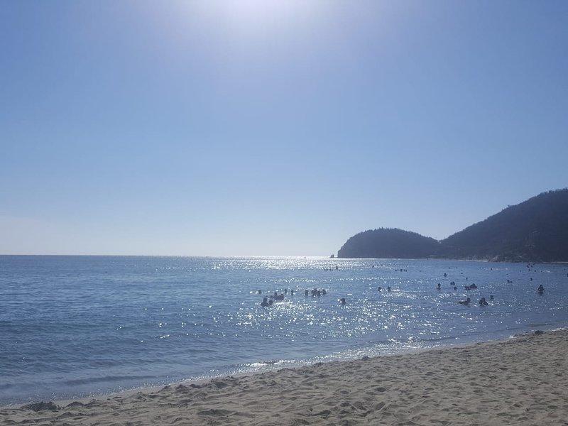 Playadel Ritmo Beach Hostel and Bar, alquiler de vacaciones en Gaira