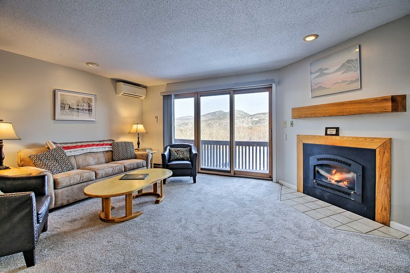 Updated Bartlett Condo w/Views & Resort Amenities!, Ferienwohnung in Hart's Location