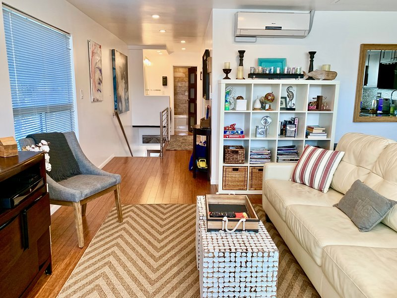❤️Venice Beach Gem, near Abbot Kinney w/ Free Parking  (2 bedrooms, 6 guest max) – semesterbostad i Los Angeles