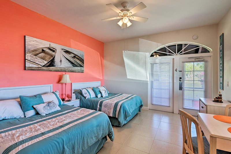Everglades Studio w/Marina View, Patio+Pool Access, holiday rental in Everglades City