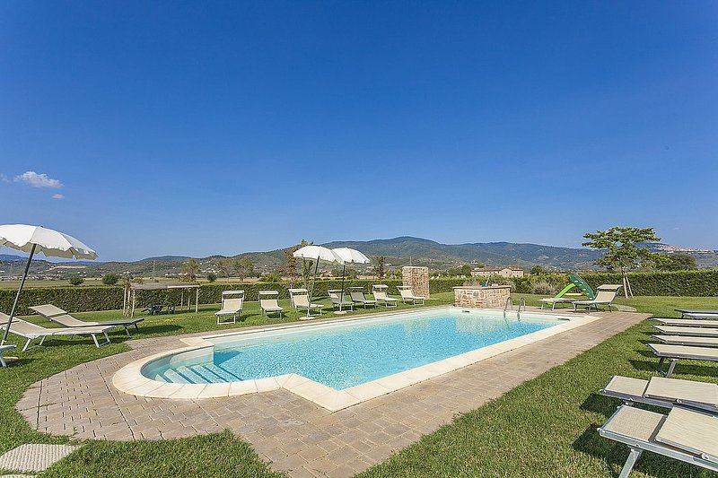 Fratta-Santa Caterina Villa Sleeps 8 with Pool and Air Con - 5859618, vacation rental in Castroncello