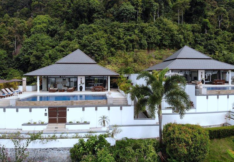 Développement exclusif de 2 villas avec piscine