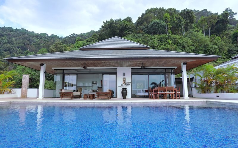 Kulraya Villas - Luxury Serviced Pool Villas - Koh Lanta - Krabi, location de vacances à Ko Lanta