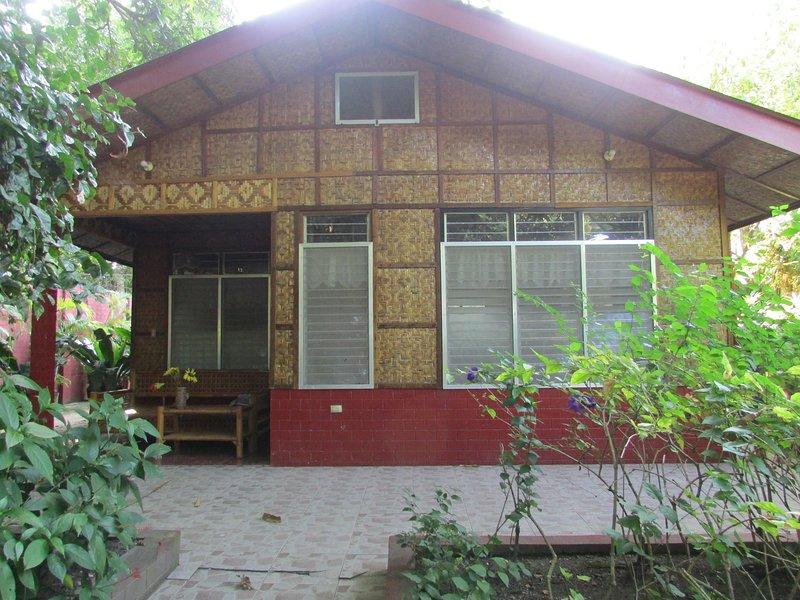 Felipa Beach Residence - Lotus, alquiler vacacional en Negros Oriental