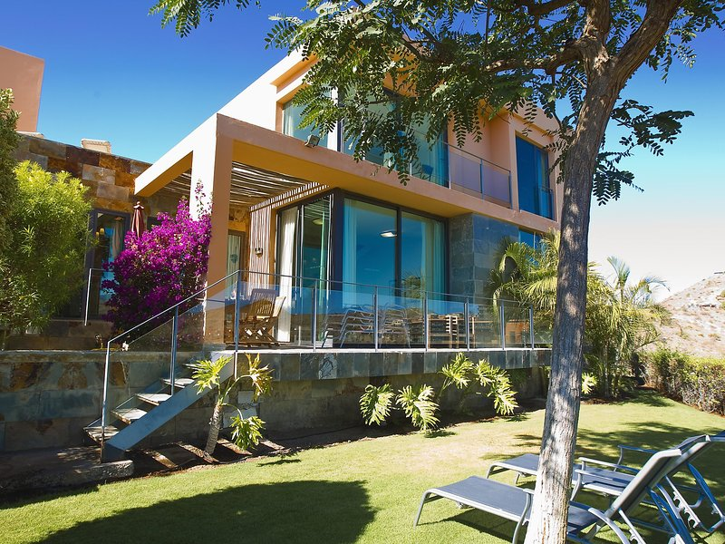 Villa Los Lagos 40, holiday rental in El Salobre