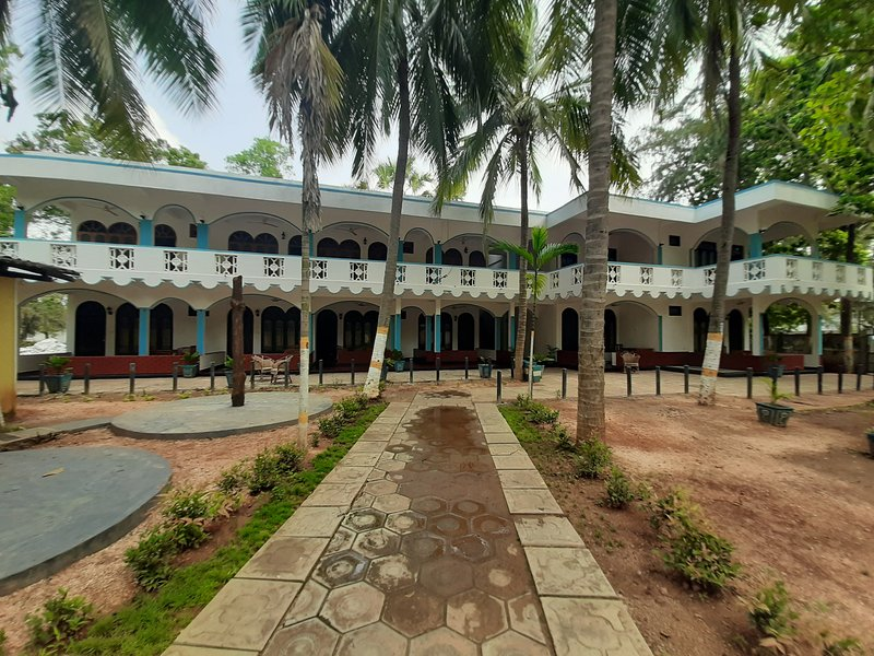 Palm Beach Resort Trinco, holiday rental in Uppuveli