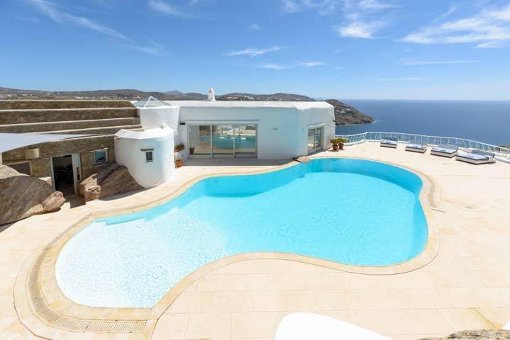 Villa Jackie by The Pearls Collection, location de vacances à Super Paradise Beach