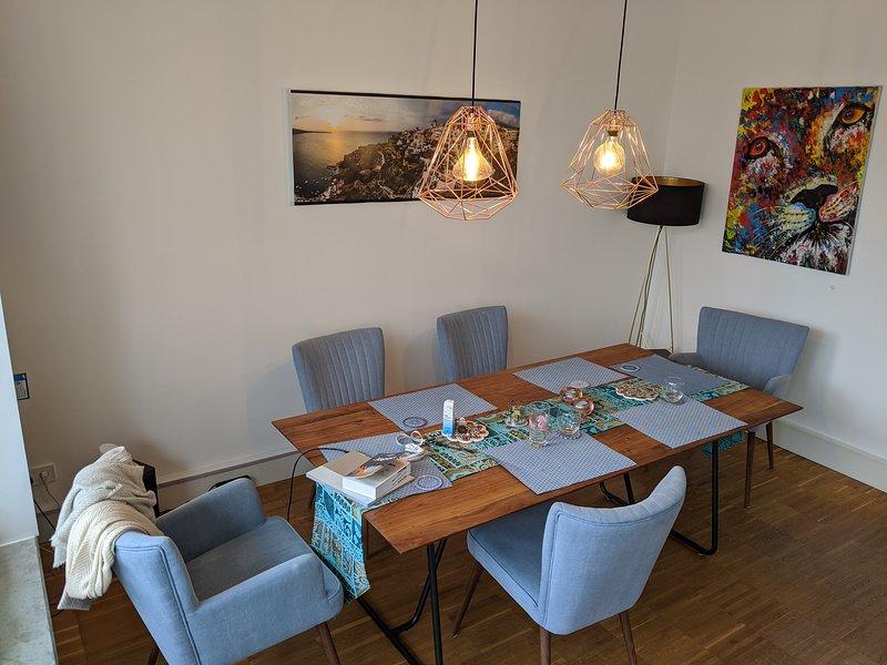 Hochwertige 4 Zimmer Wohnung in Hamburg Barmbek, vacation rental in Hamburg
