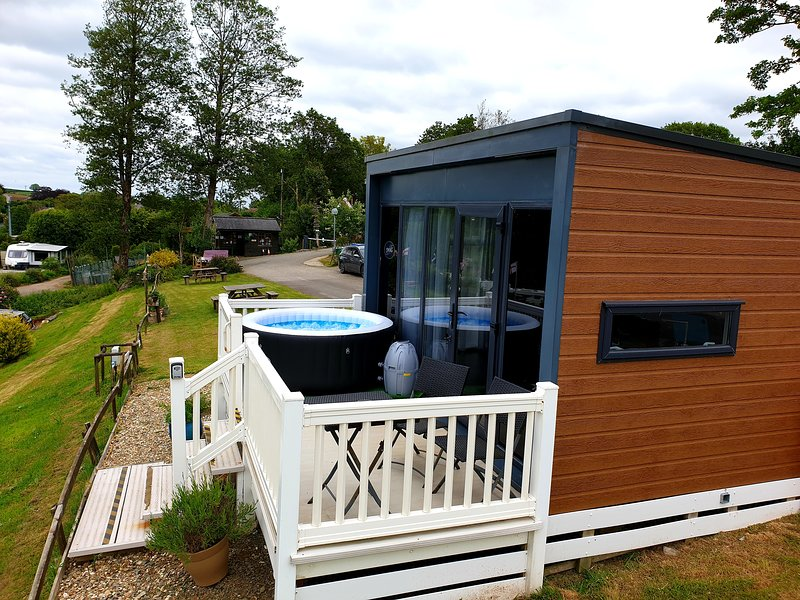 Valley View Microlodge, holiday rental in Two Waters Foot