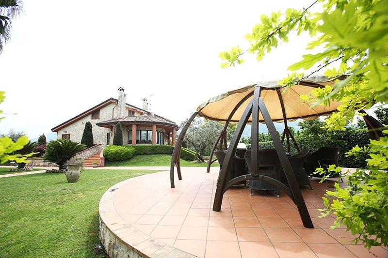 Stanza Morfeo (Villa il Sogno), holiday rental in San Cipriano Picentino