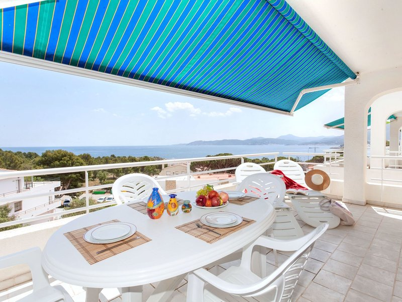 Rossello, holiday rental in Colera