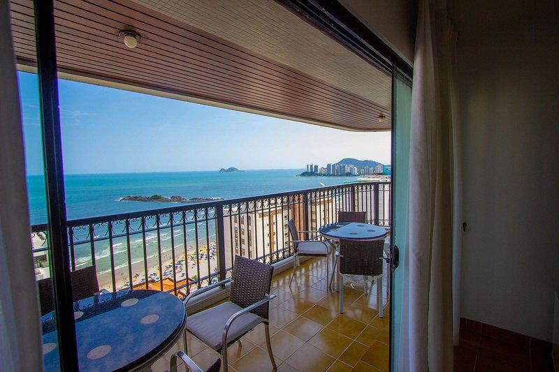 Vista incrível a 100m da praia das Pitangueiras, location de vacances à Guaruja