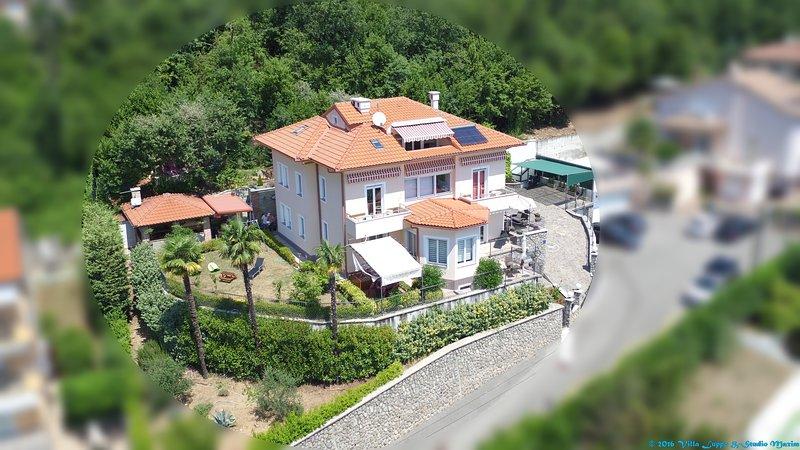 VILLA LUPPO app.Dora 4, holiday rental in Liganj