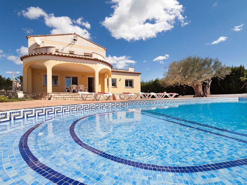 Villa Cala Llenya, holiday rental in Miravet
