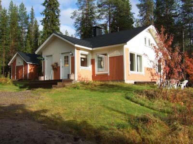 Saapunkijärvi, pitkäperä, aluguéis de temporada em Kuusamo