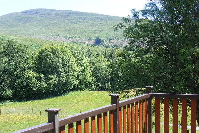 Glas Doire Lodge, Glen Roy Nature Reserve, holiday rental in Roybridge