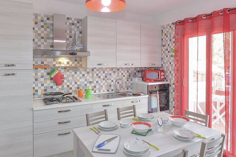 Appartamento Lula A, holiday rental in Isola Rossa