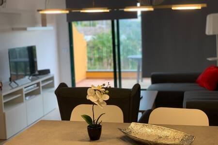 Modern & y new dúplex near to Las Galletas, holiday rental in Las Rosas