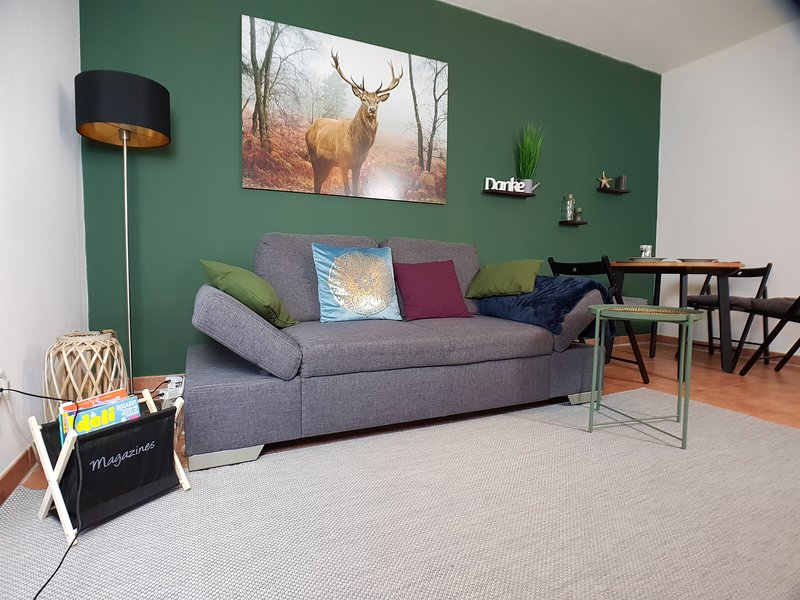 Stylish Studio in Nature & 25min to City Centre, Ferienwohnung in Hennigsdorf