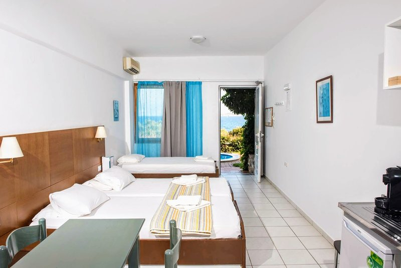 Mirabella Apartments, holiday rental in Agios Nikolaos