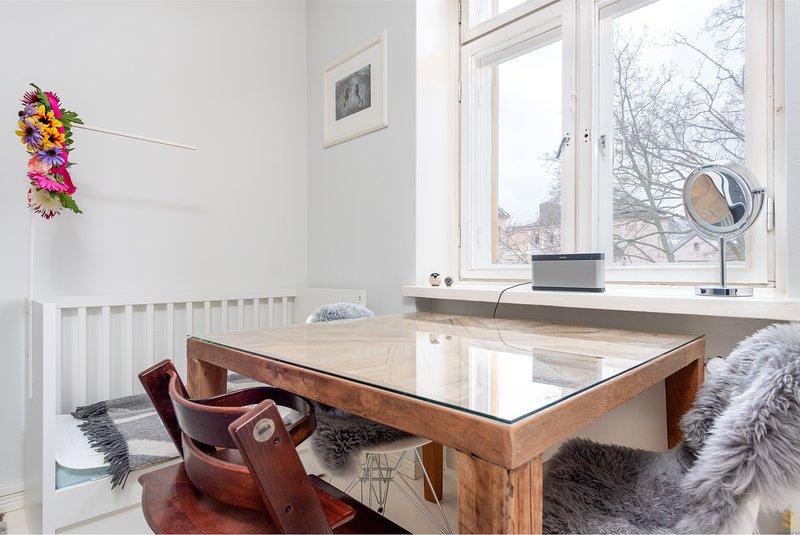 Modern & Scandinavian WeHost *Huvilakatu – semesterbostad i Helsingfors
