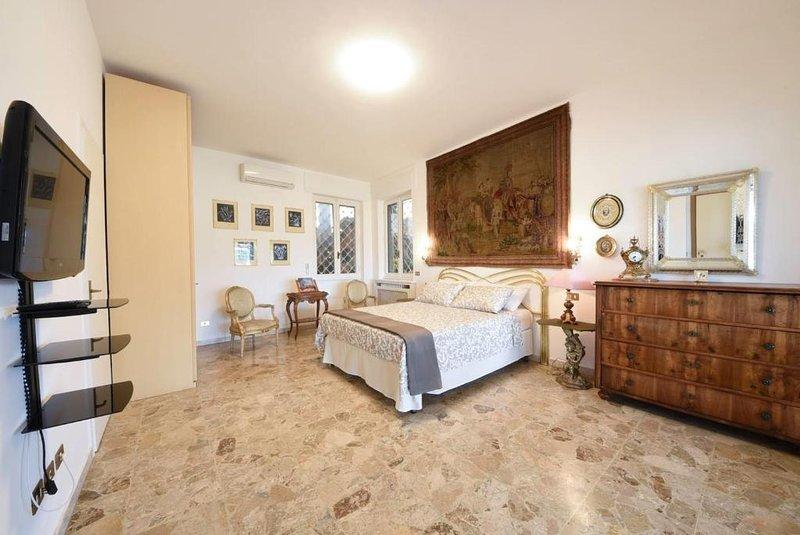 Villa Amalia Augusta con piscina, casa vacanza a Cesano